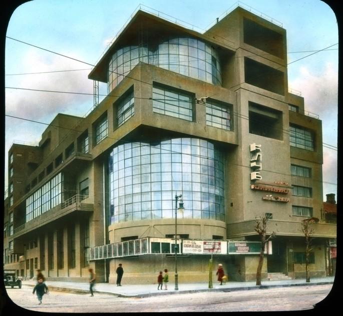 Дом культуры имени С. М. Зуева, Москва, архитектор Илья Голосов, построен в 1927–1929 гг
