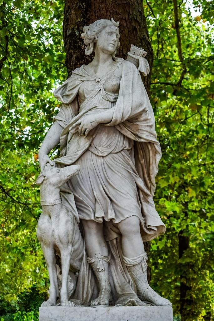 Скульптура Артемиды Дианы картинки боги древней греции