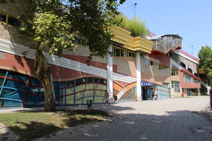 Рынок Lehel, Будапешт, архитектор Ласло Райк (László Rajk), построен в 2000–2002