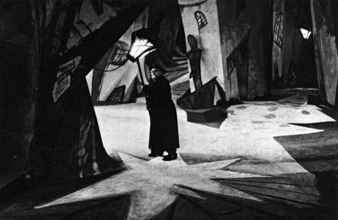 Кадр из фильма 'Кабинет доктора Калигари' Роберта Вине, 1920 г.
