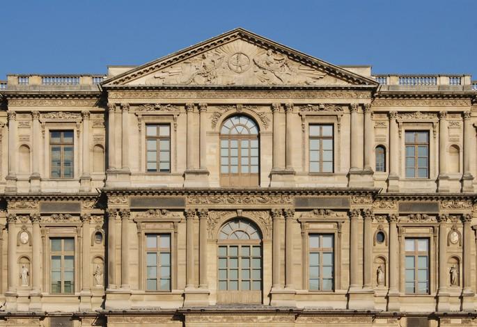 Восточный фасад Лувра, в Париже, архитектор Клод Перро
