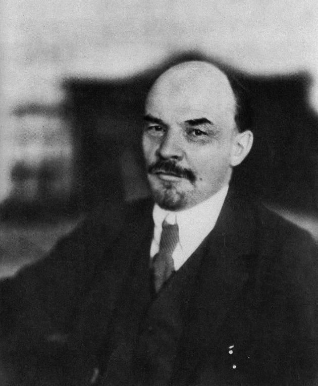 Портрет В. И. Ленина, Петроград, 1918 г., фотограф М. С. Наппельбаум.