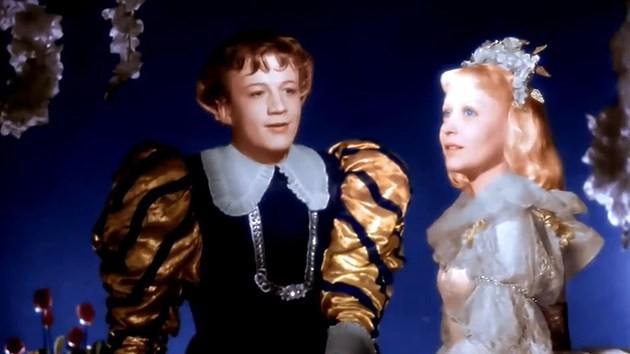 Кадр из фильма 'Золушка', 1947, Ленфильм